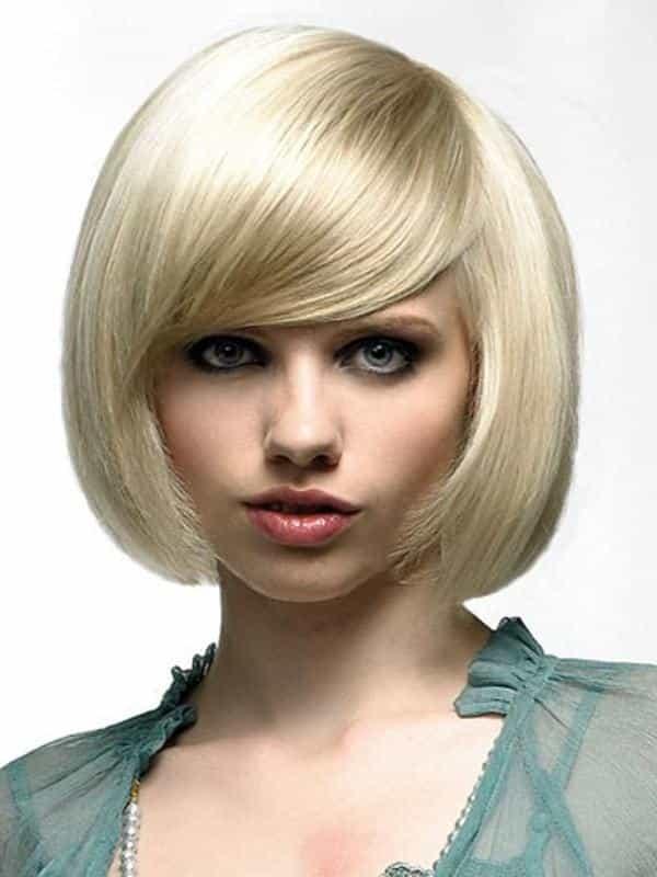 Стрижка каре на светлые волосы без челки