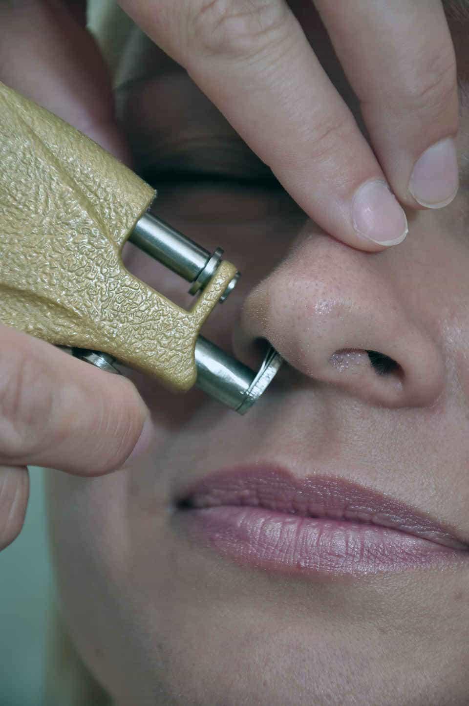 Как нос пробить в домашних условиях