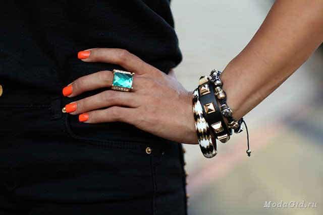 модный этой осенью браслет