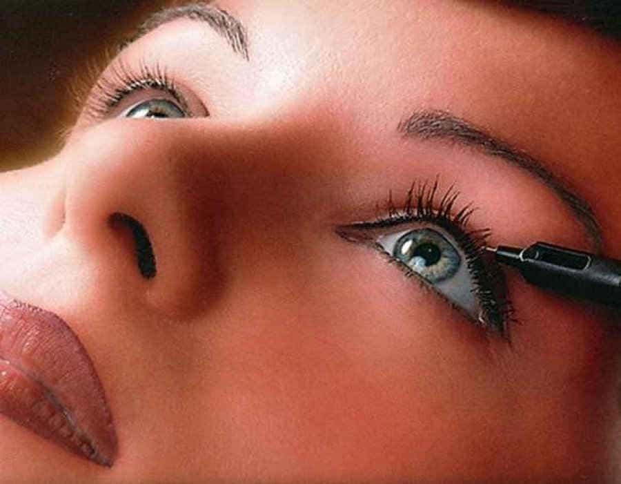 перманентный макияж, контур глаза