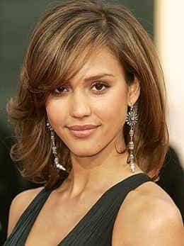 Джессика Альба. Стрижка на средние тонкие волосы