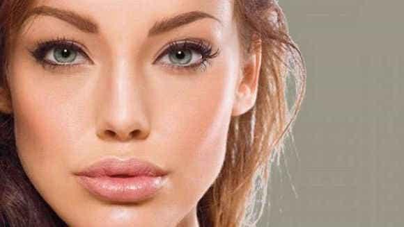 пухлые чувственные губы не у всех от природы