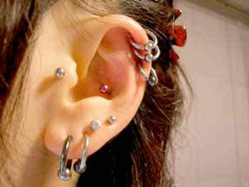 эстетика пирсинга ушей