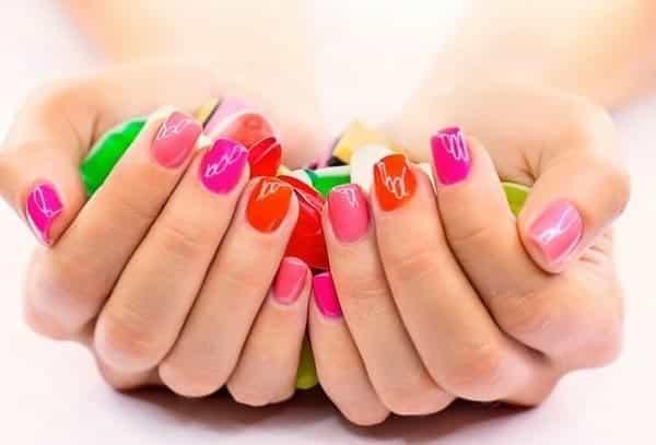 Shellac для ногтей